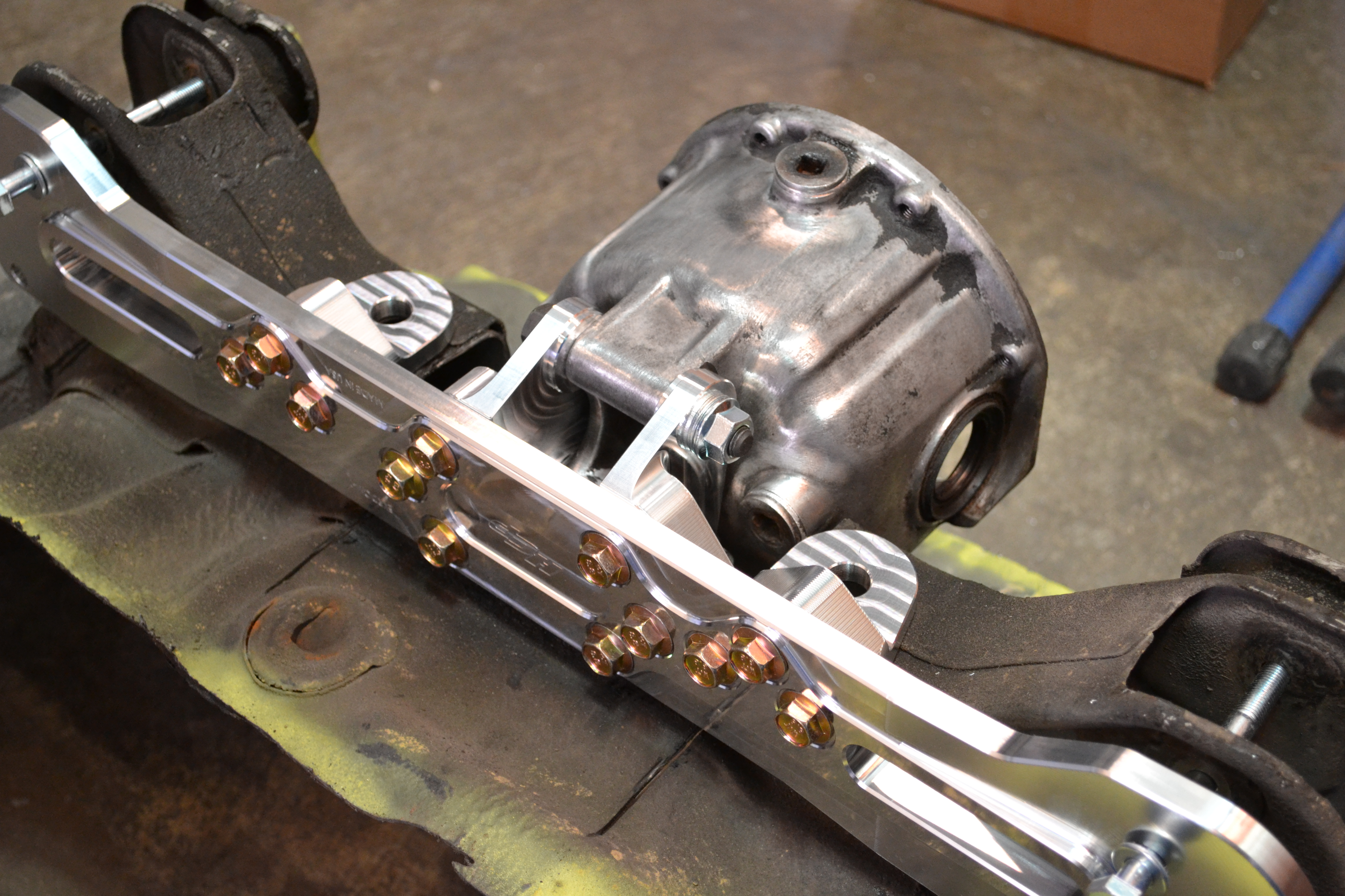 Honda Element Conversion >> Rear Differential Mounting Kit (For AWD Conversion)   Hub ...